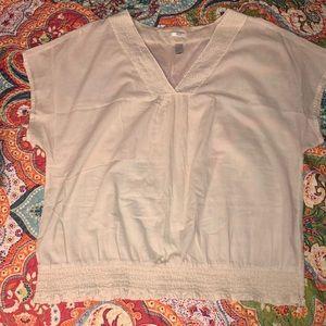 Old Navy cream v-neck cotton top